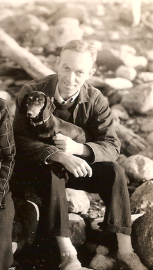220px-eb_white_and_his_dog_minnie